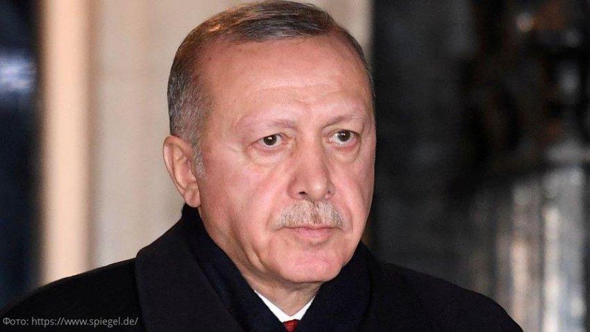 Удары с воздуха в северной Сирии: Эрдоган предупреждает о новой волне миграции