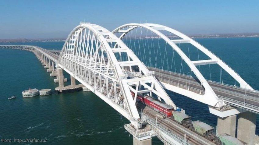Владимир Путин откроет крымский мост для движения пассажирских поездов