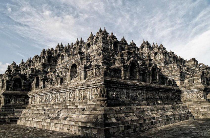Затерянный храмовый комплекс Боробудур