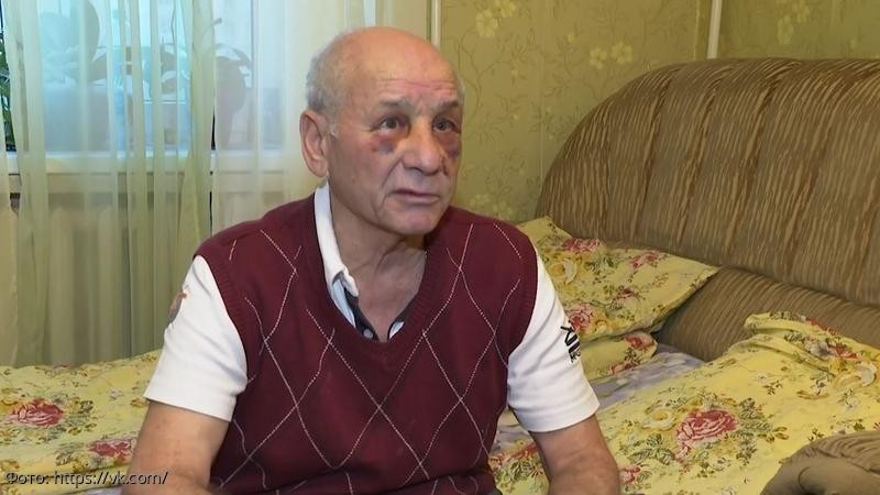 Врач скорой помощи избил пенсионера