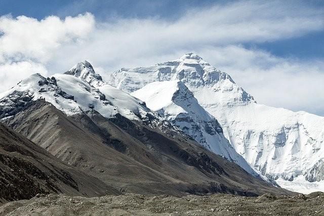 В Тибетском леднике нашли 28 ранее неизвестных вирусов