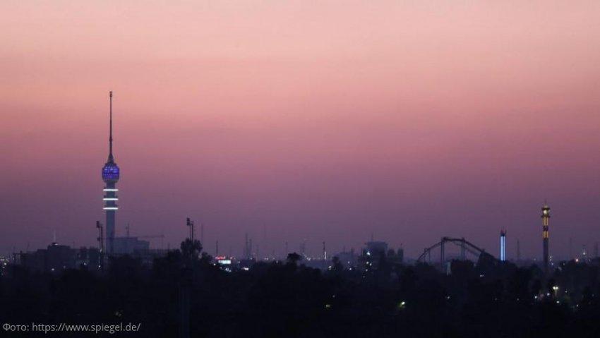 Возле посольства США в Багдаде упали две ракеты