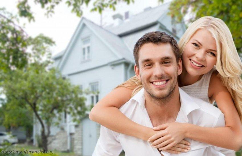 Муж-игроман сбежал, оставив девушку с кучей долгов, но встреча с первой любовью помогла ей обрести счастье
