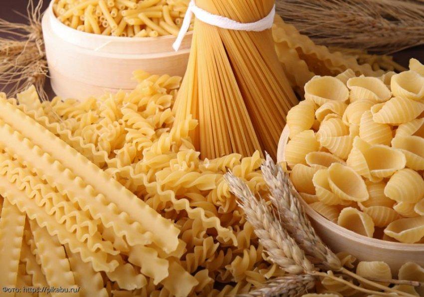 Совет: когда и сколько солить еду