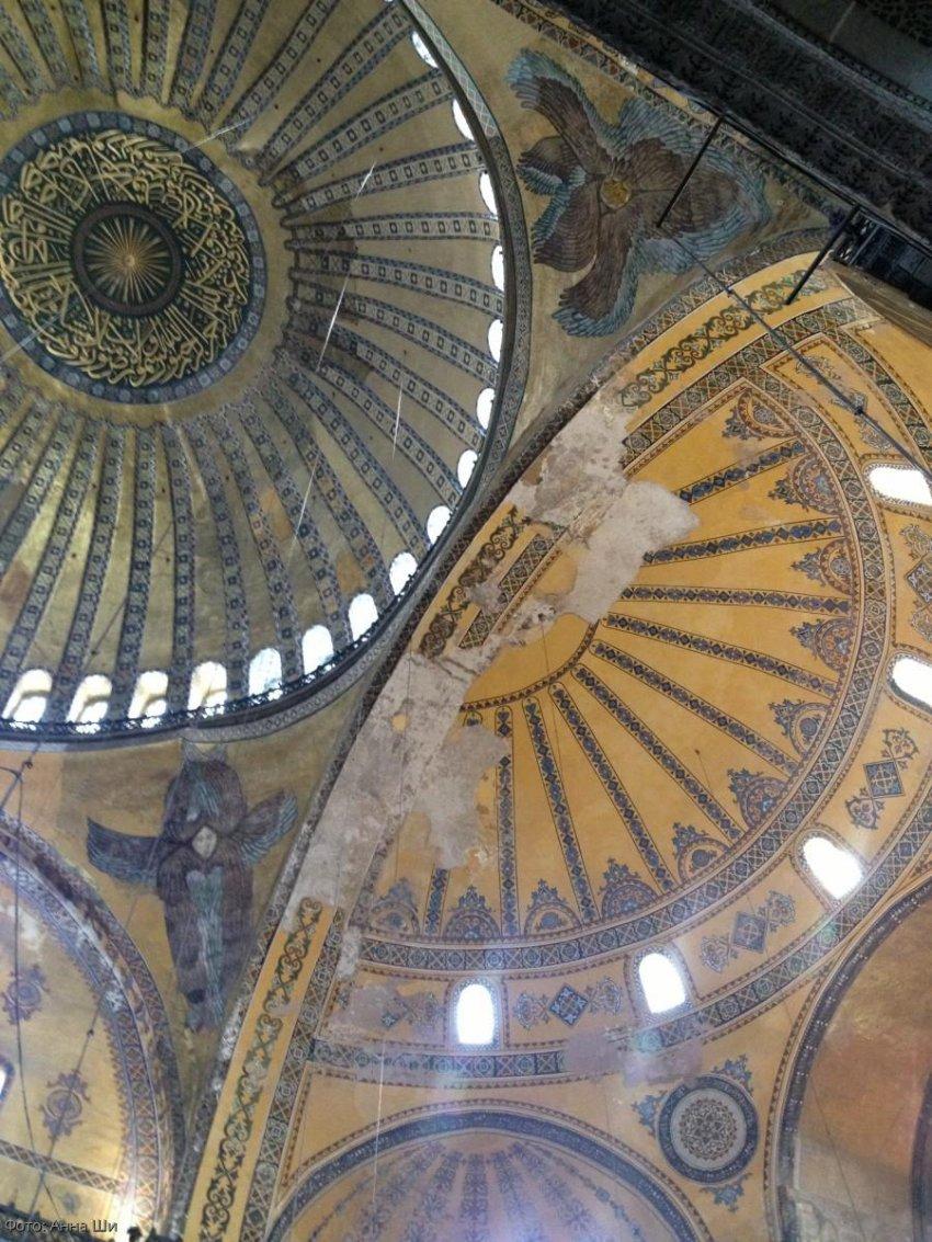 Храм Святой Софии в Стамбуле: интересные факты и как добраться из нового аэропорта