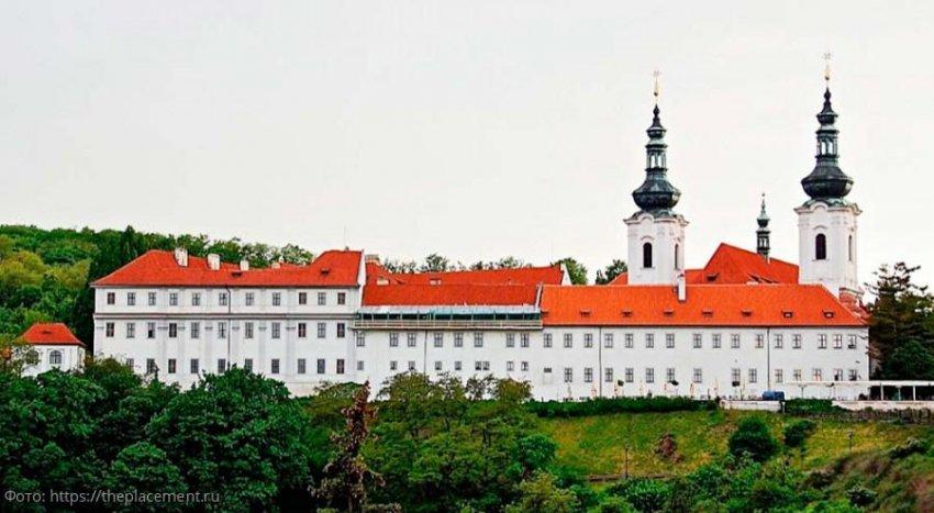 Страговский монастырь – архитектурный «феникс» Праги