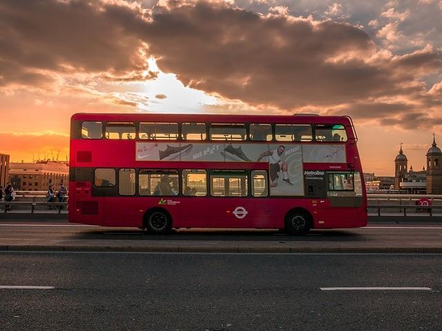 Сбой Матрицы в британском автобусе или странная пассажирка