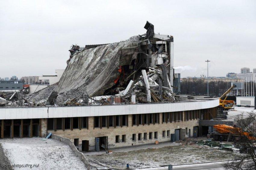 В Санкт-Петербурге обрушилась крыша спортивно-концертного комплекса