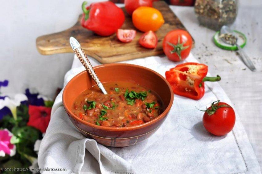 Фасолевый суп: простой, сытный и ароматный
