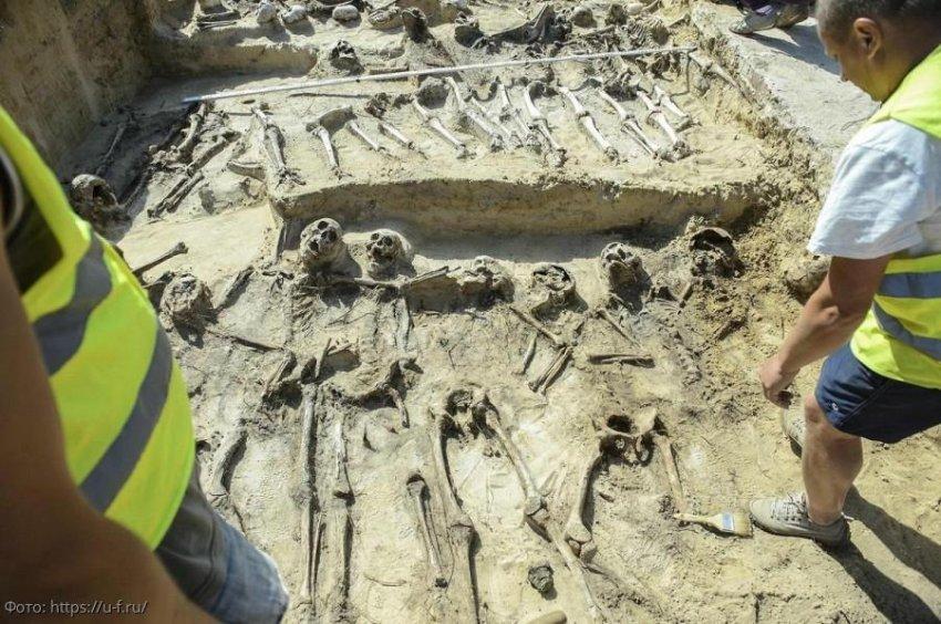 В Англии обнаружили могилы скелетов со связанными руками