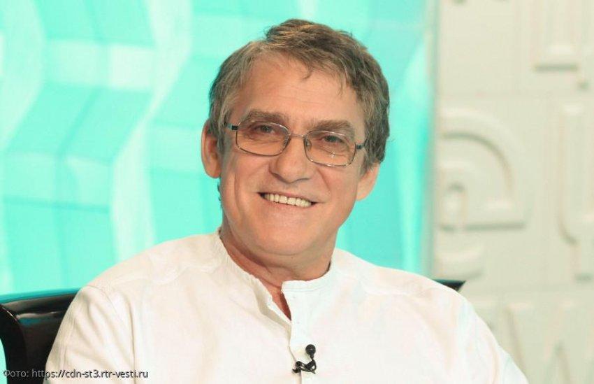 Актер Валерий Гаркалин госпитализирован с пневмонией