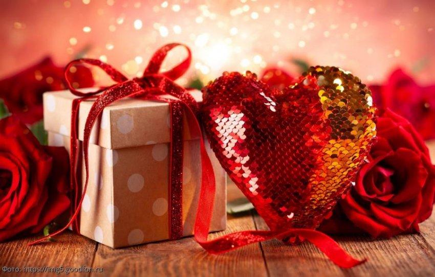Наиболее подходящие подарки ко Дню святого Валентина для Раков, Львов и Дев