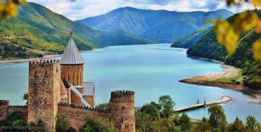 Крепость Анаури – три основные причины посетить это место