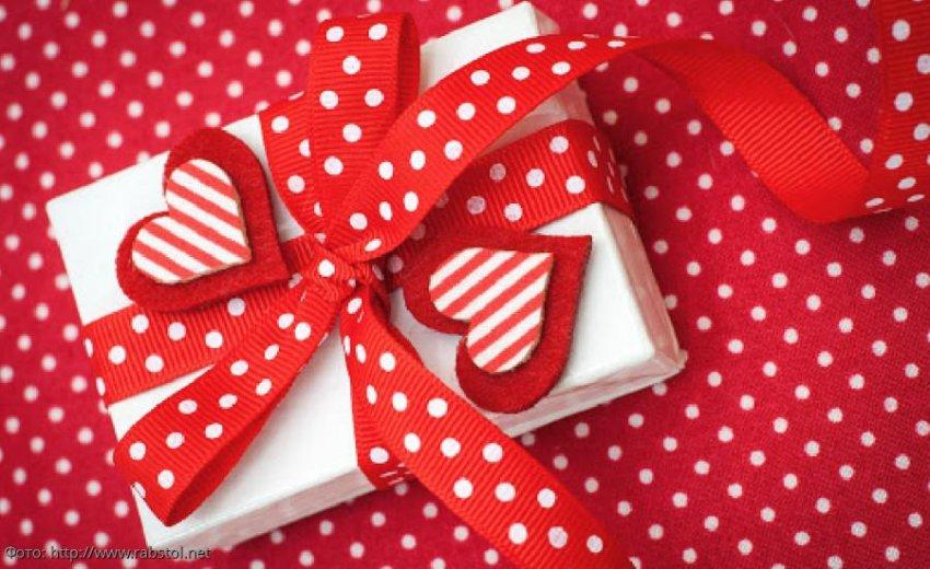 Наиболее подходящие подарки ко Дню святого Валентина для Весов, Скорпионов и Стрельцов