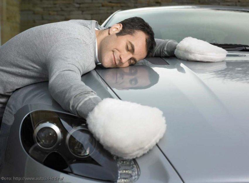 Моем машину сами на мойке зимой: как правильно