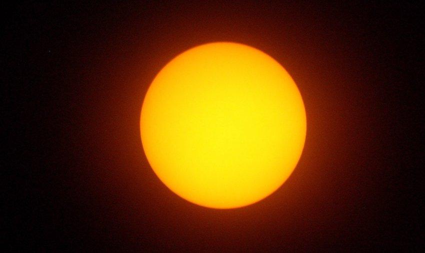 На Солнце уже две недели нет пятен: солнечный минимум продолжается