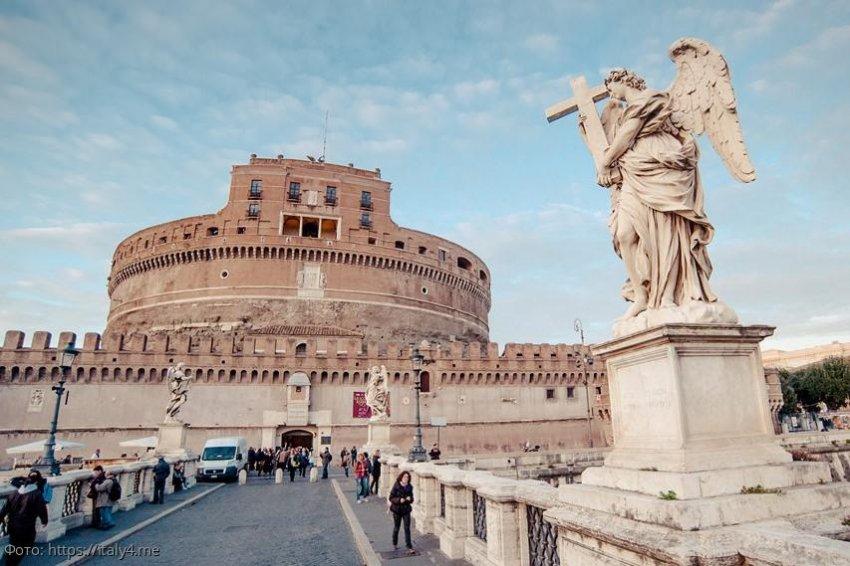Многоликий замок Святого Ангела: история и архитектура