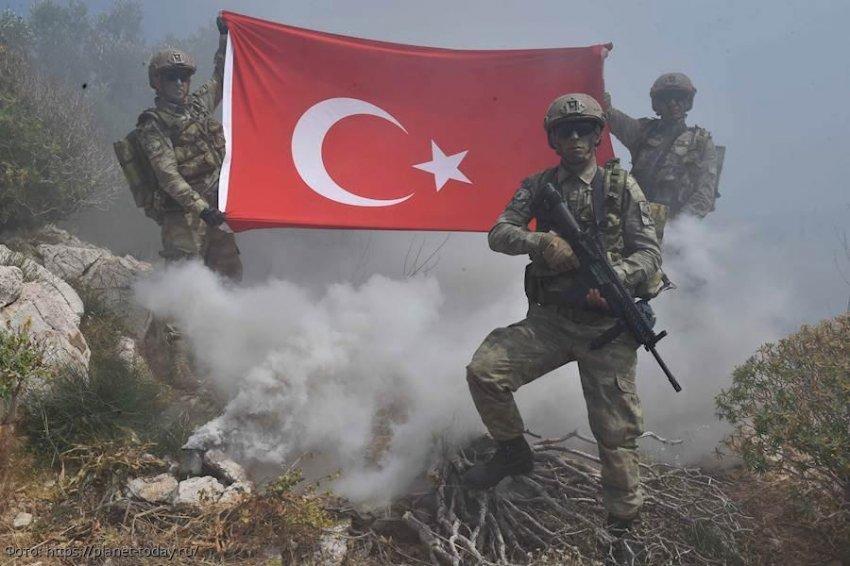 США провоцируют Турцию на войну с Россией