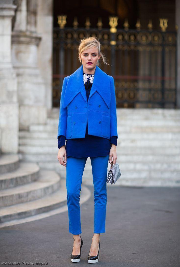 Магическое значение синего - самого модного цвета 2020 года. Каким пяти знакам он особенно подходит