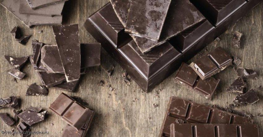 Победительница конкурса красоты умерла, подавившись плиткой шоколада в Подмосковье