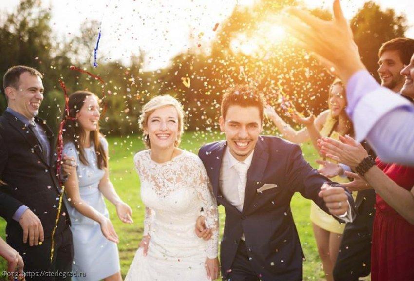 Знаки зодиака, которым нужно вступить в брак этой весной, чтобы их семейная жизнь была крепкой и счастливой