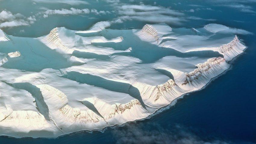 В Антарктиде невероятно быстро тает ледник Денмена: к чему это может привести
