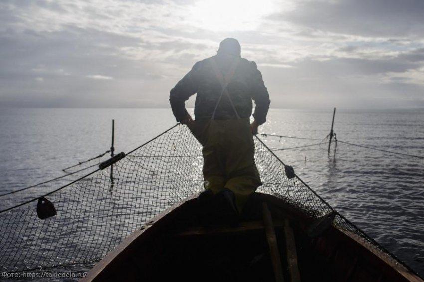 Сотрудники ПУ ФСБ России по Краснодарскому краю выявили 6 нарушений Правил рыболовства бригадами прибрежного лова