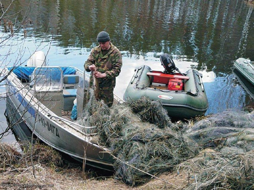ПУ ФСБ России по Краснодарскому краю установило судно, имеющее на борту не учтённые водные биоресурсы