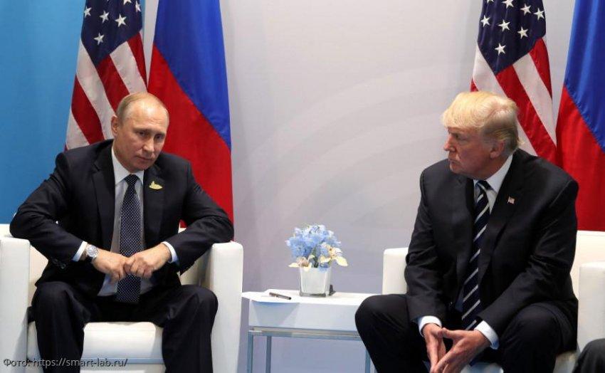 Трамп сообщил Путину, что США готовы предоставить помощь России в борьбе с коронавирусом