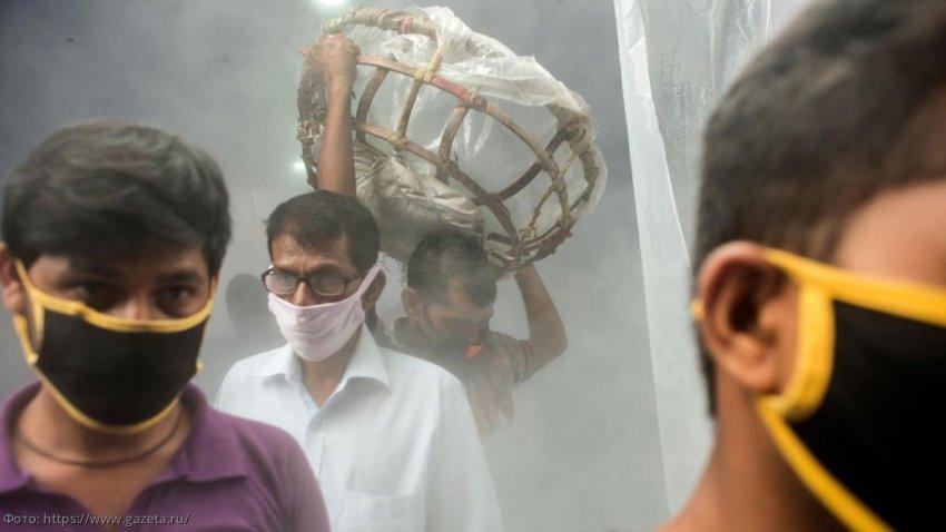 Как коронавирус изменил жизнь на улицах в городах Индии