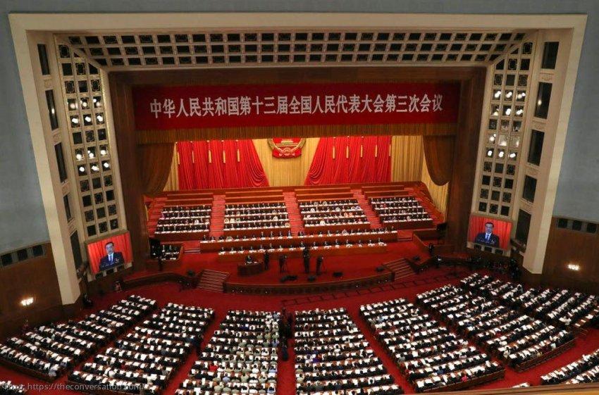 Китай объяснил новую стратегию восстановления после пандемии коронавируса