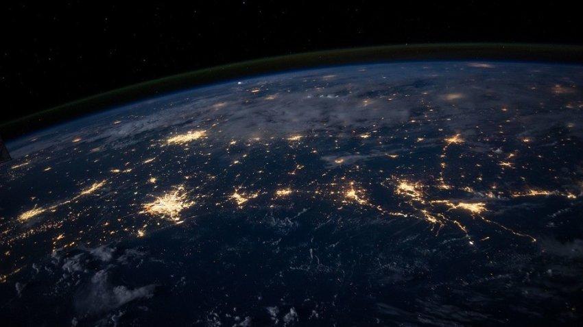 В магнитном поле Земли обнаружена аномальная брешь