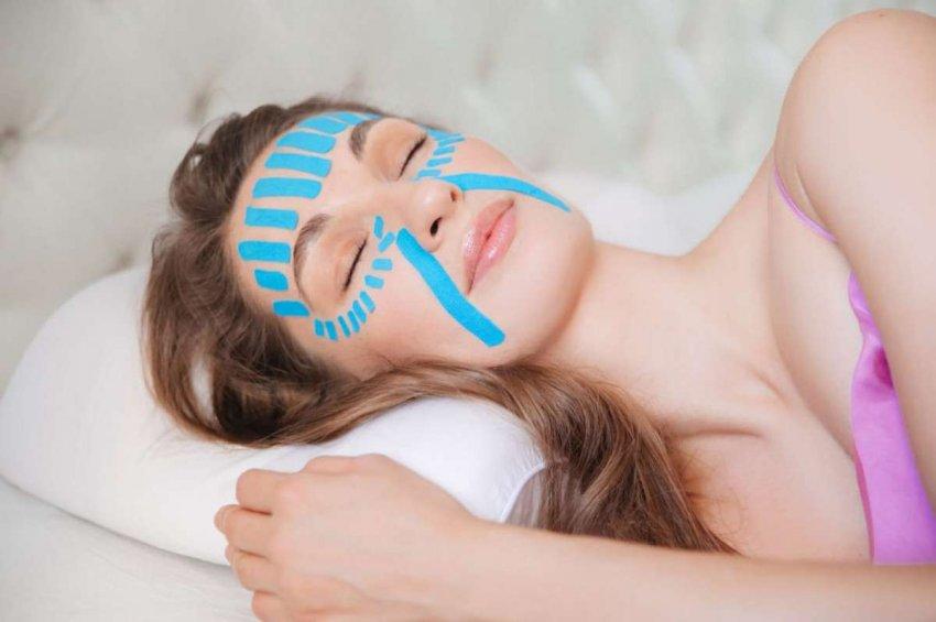 Как разгладить морщины и подтянуть овал лица за время сна: косметолог Ольга Енко делится новейшей методикой омоложения