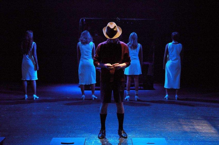 Молодежный театр на Фонтанке: марафон #ПомогиВрачам, планы на неделю, завершение сезона