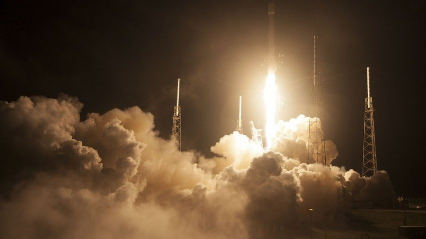 Запуск космического корабля Crew Dragon к МКС: онлайн-трансляция