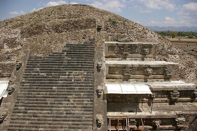 Загадка камеры с множеством золотистых шариков под храмом Теотиуакана - Паранормальные новости