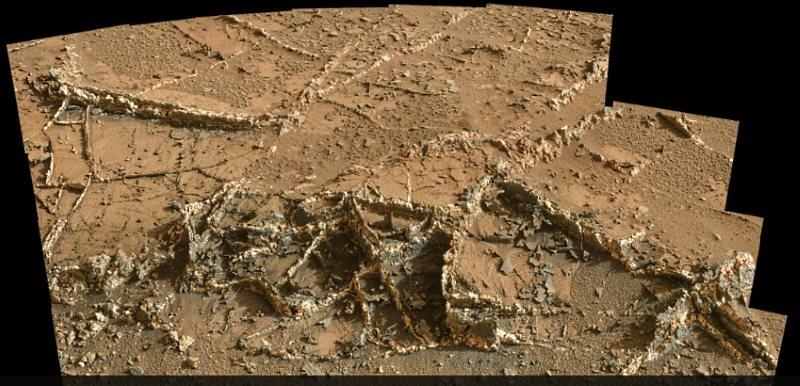 Странные структуры на фото с Марса похожи на руины здания - Паранормальные новости