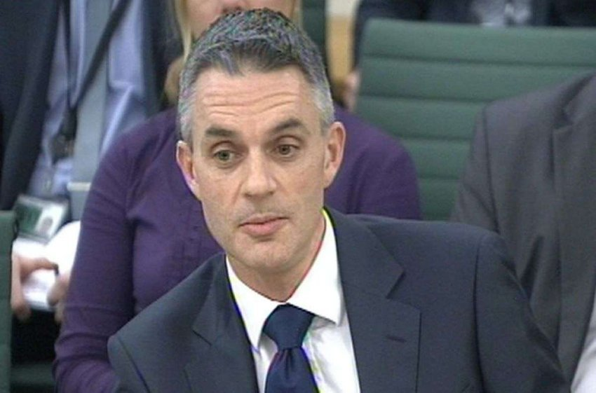 Тим Дэви, назначенный руководителем BBC, столкнулся с некоторыми сложными проблемами