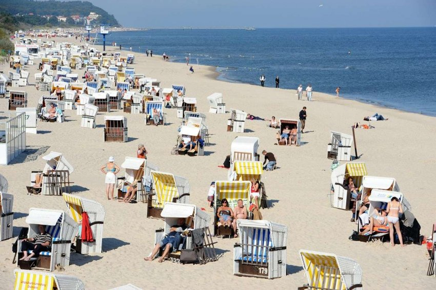 Летний отпуск: в Германии прилив посетителей на пляжах