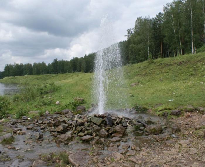 Как пробурить артезианскую скважину с водой исключительной чистоты?