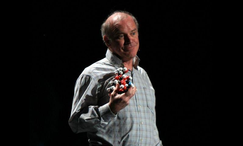 Лауреат Нобелевской премии по химии встречал инопланетного говорящего енота - Паранормальные новости