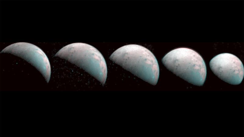 Аппарат НАСА сделал фото самой большой луну в Солнечной системе