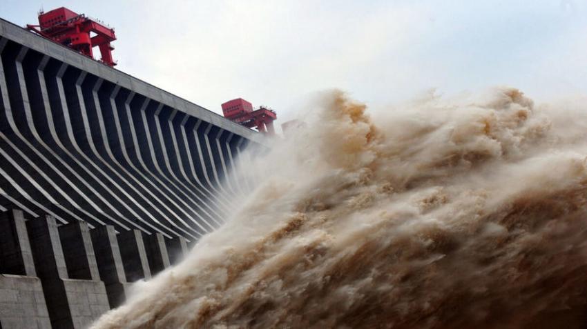 Крупнейшая в мире плотина «Три ущелья» находится в критическом состоянии