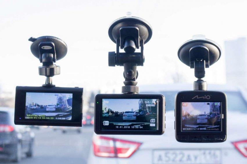 Рейтинг лучших видеорегистраторов до 8000 рублей