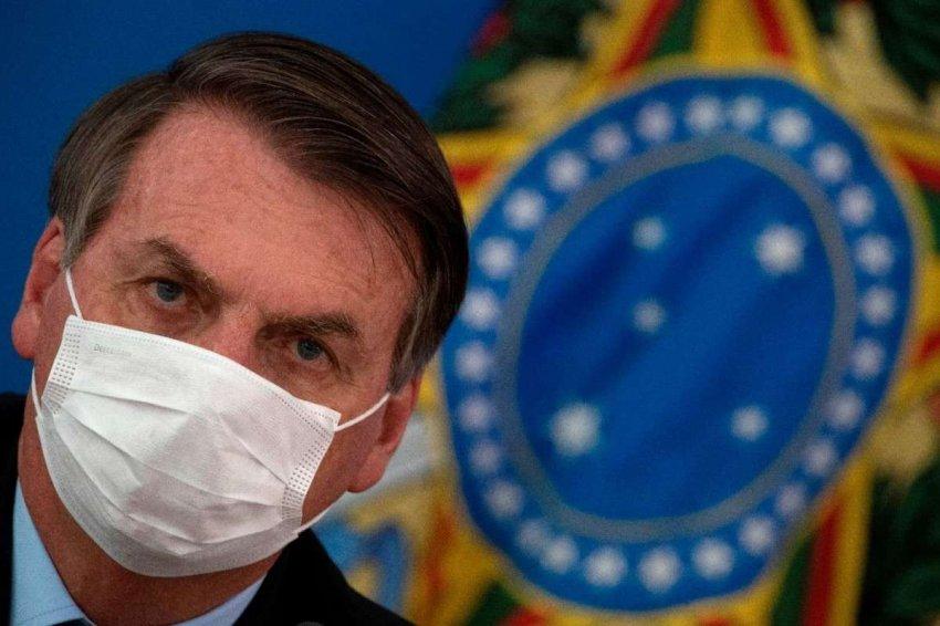 Президент Бразилии имеет коронавирус – что это может значить для него политически