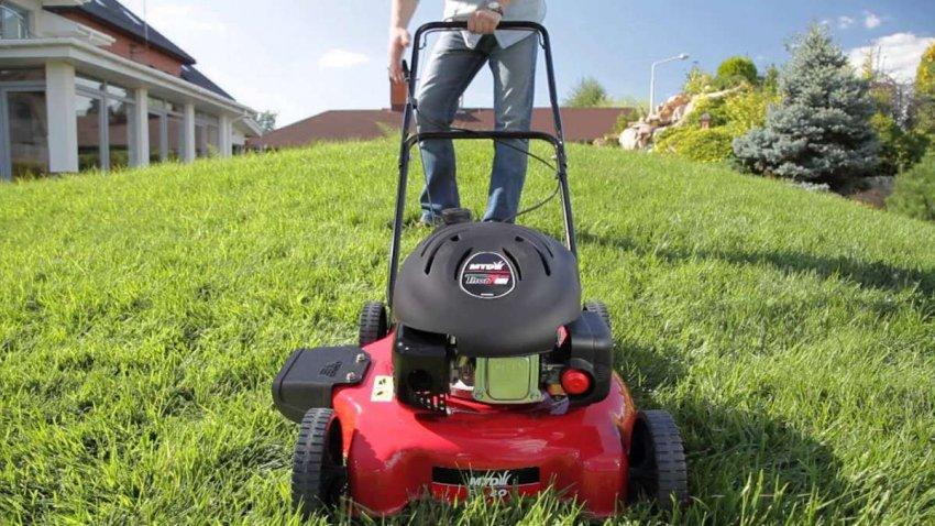 ТОП 10 газонокосилок для неровных участков