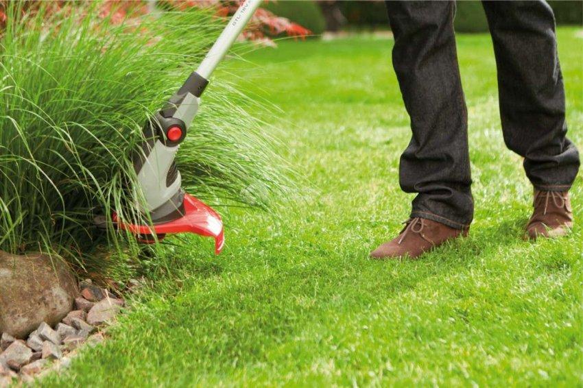 ТОП 10 аккумуляторных триммеров для травы