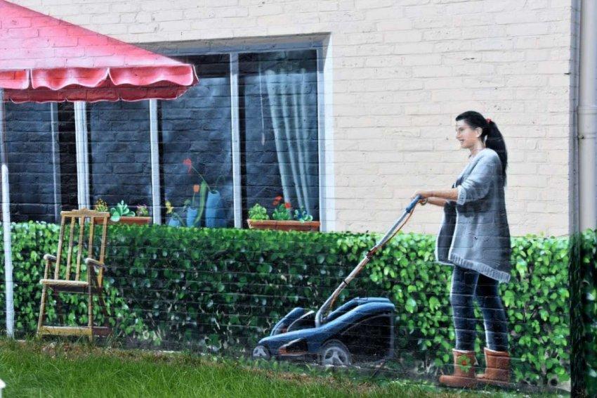Обзор лучших газонокосилок для женщин