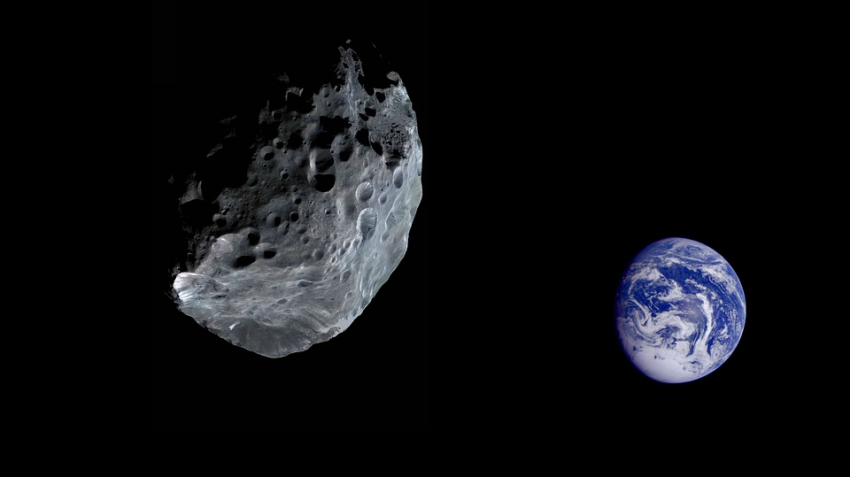 К Земле приближается 50-метровый астероид: в НАСА оценили опасность
