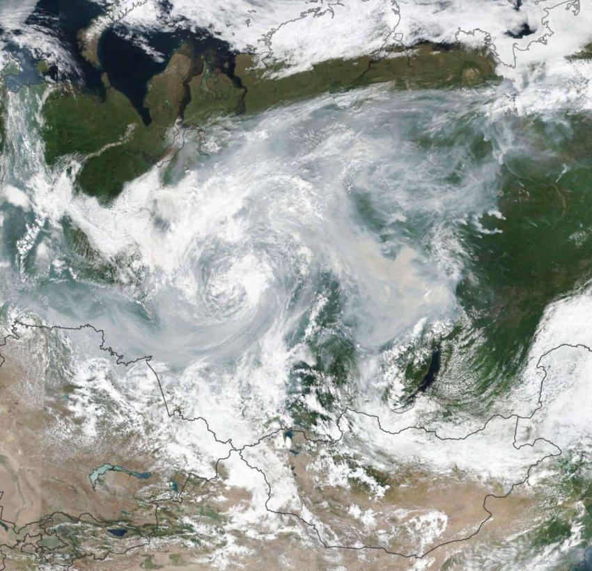 Потепление в Арктике: наступают ли рекордные температуры и пожары раньше, чем предсказывали ученые?